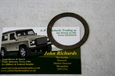 Land Rover Military 101 halfshaft shim 593883