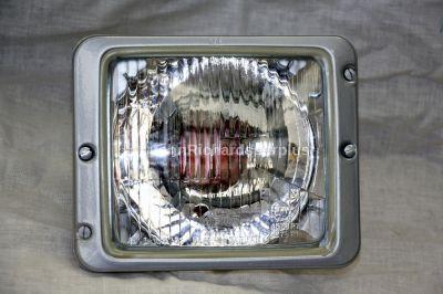 Hella Headlamp With Side Light Pilot Hole 4578R7