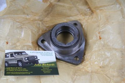 Land Rover Winch Bearing Support Bracket 591818