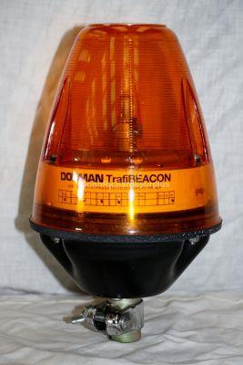Dorman 12 Volt Pole Mount Amber Pulse Beacon Trafibeacon 85568