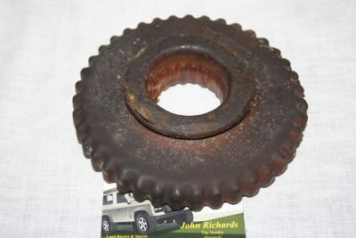 Land Rover Series Gearbox Low Gear Wheel 235438
