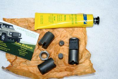 Land Rover hand brake expander kit  AEU2735