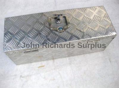 Lockable aluminium storage box 10532