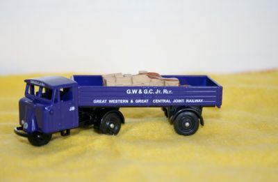 Corgi Die Cast Scammel Mechanical Horse 1:76 Scale DG199014