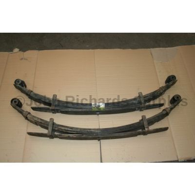 """Land Rover 109"""" Rear Spring Pair 8x2 279678 & 279679 (Collection Only)"""