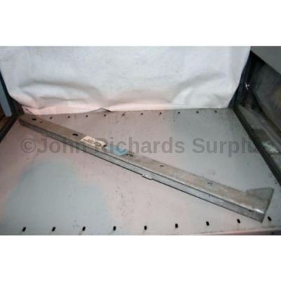 Land Rover R/H Sill Support Channel 330380