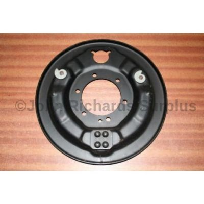 Land Rover LWB & 101 FC R/H rear brake backplate 531889