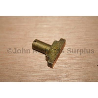 Land Rover LT95 Gearbox Reverse Selector Pad 571043