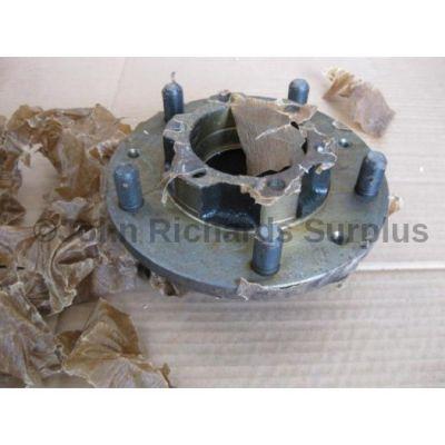 Land Rover wheel hub assembly 576844