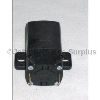 Bedford 12volt screenwash pump 8824854