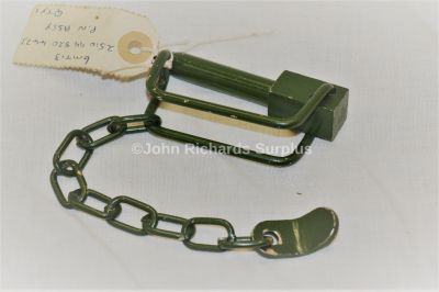 Military Vehicle Tailboard Clip with Chain FV727252 2511-99-820-4473