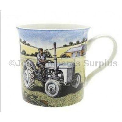 Fine Art mug Ferguson TE20 Tractor little grey Fergie