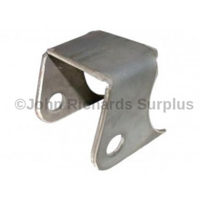 Rear Axle Tie Bar Bracket LR179