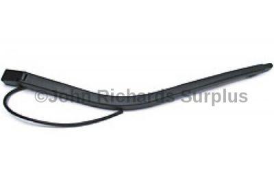 Wiper Arm Rear DKB102700