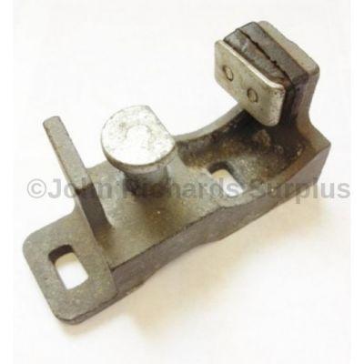 Door Lock Striker L/H FQB000050
