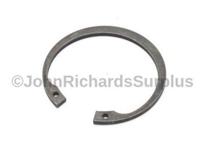 Intermediate Shaft Circlip LT230 FRC7454