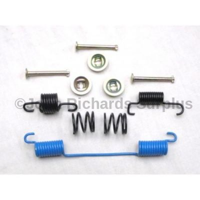 Handbrake Shoe Spring Kit ICW100050
