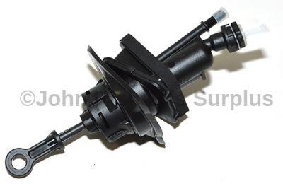 Clutch Master Cylinder LR007159