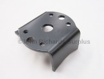 Axle Spring Mounting Plate Front R/H LRD170O/S