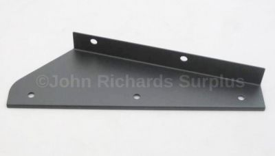 Mud Flap Bracket Front R/H MTC3000