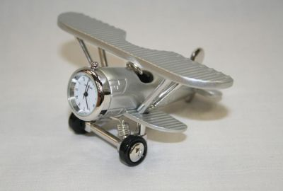 Di Cast Biplane Novelty Desk Top clock