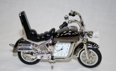 Di Cast Indian Style Motorbike Novelty Desk Top clock