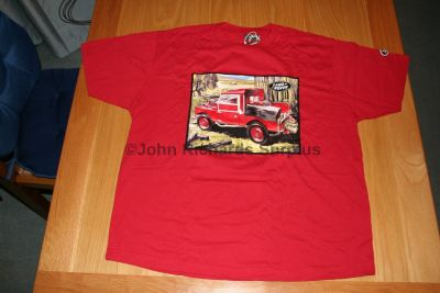 Official Land Rover Series 1 T-Shirt in a tin RedS