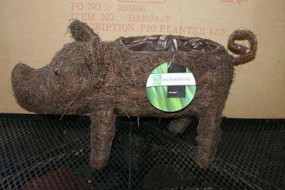 Westwoods Wire Framed Pig Garden Planter Pre-Lined