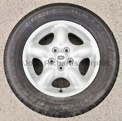 Alloy Wheel and Goodyear 215 / 65 R16 Tyre RRC112310