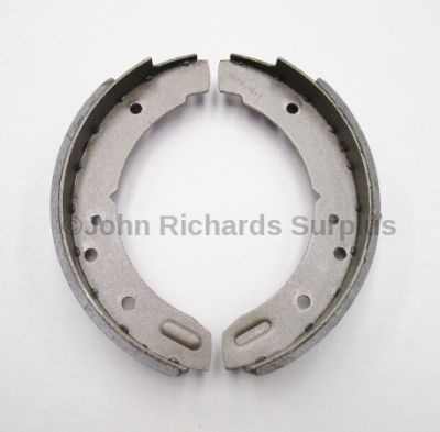 Land Rover handbrake shoes STC3821