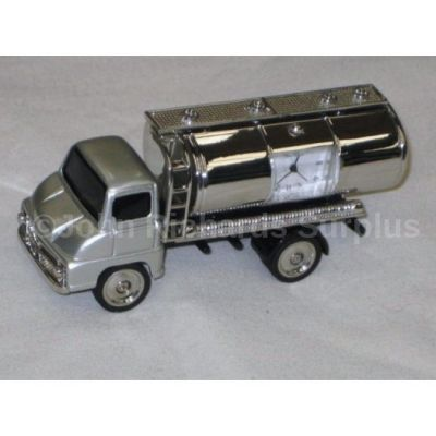 Miniature Oil Tanker Design Battery Operated Desk Clock 9136