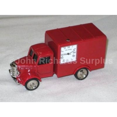 Miniature Classic Truck Design Battery Operated Desk Clock 9721