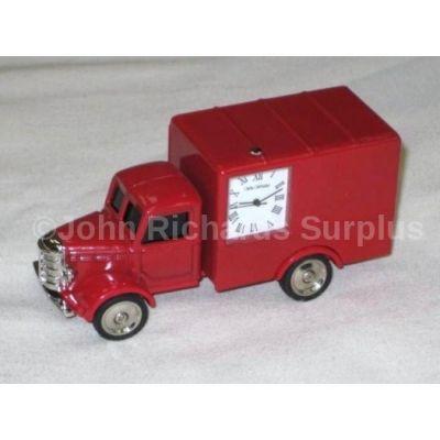 Miniature Classic Truck Design Battery Operated Desk Clock 9721