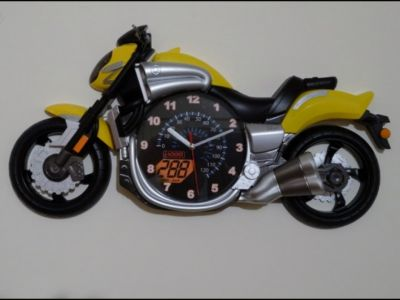 Yamaha V-Max Luxury Motorcycle wall clock Yellow